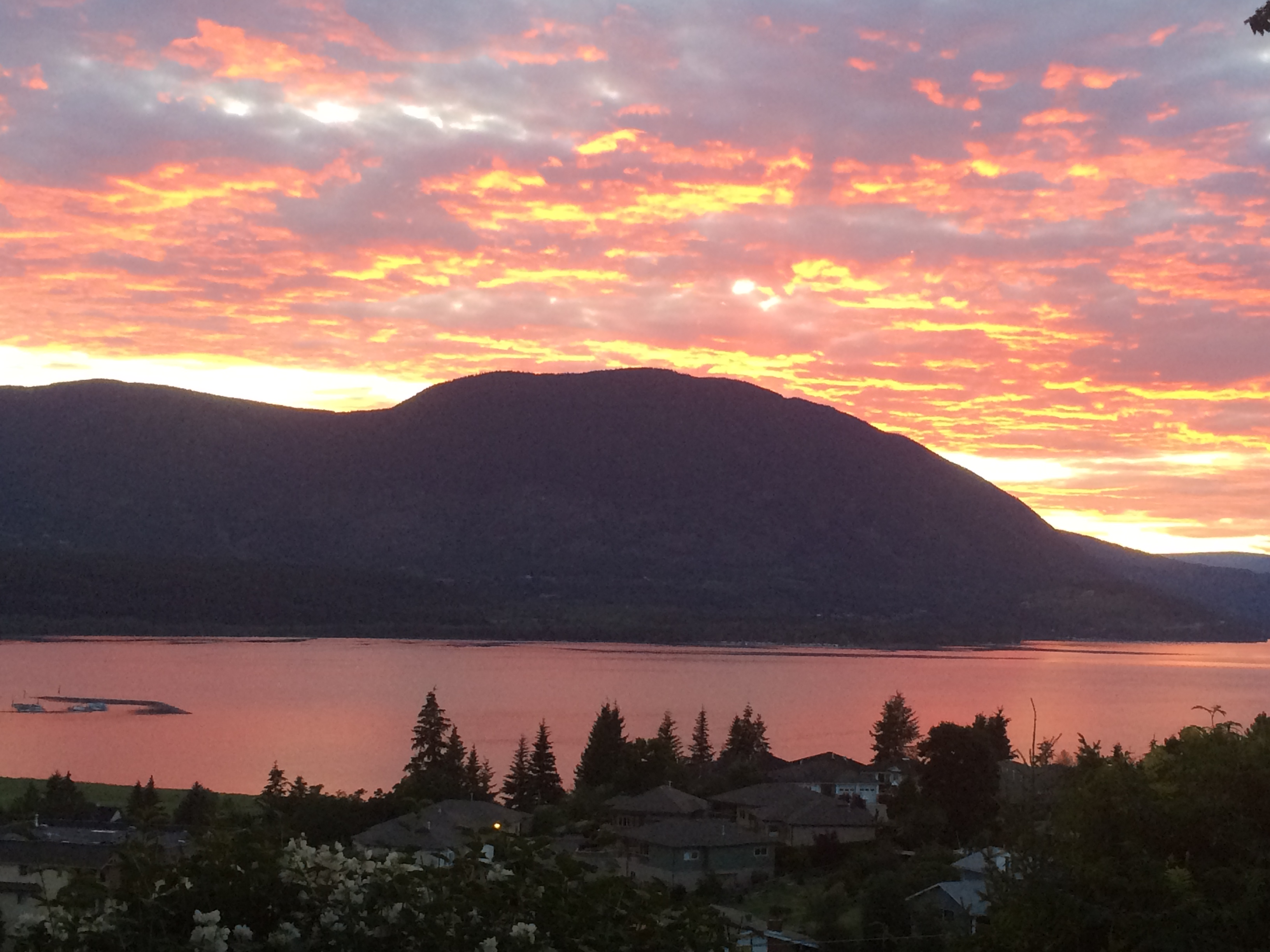 Sunset Okanagan lake - Dori Lionello Penticton Real Estate